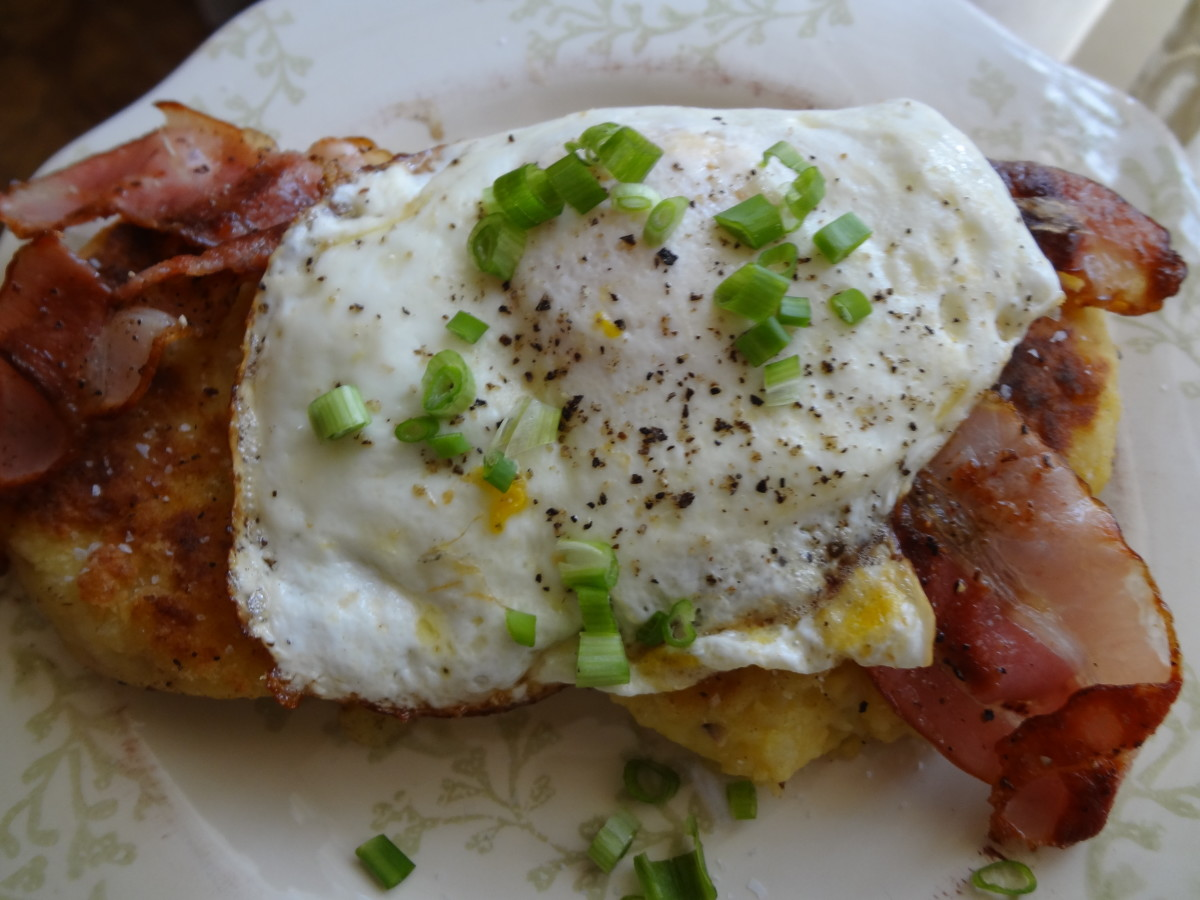 potato cakes with bacon and eggs