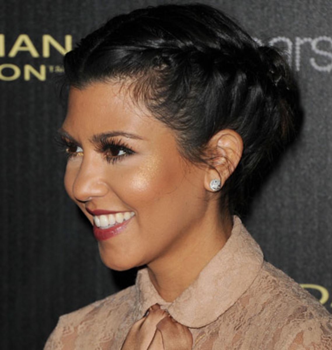 Kourtney Kardashian - Top 10 Celebrity Fashion Dos and Don'ts
