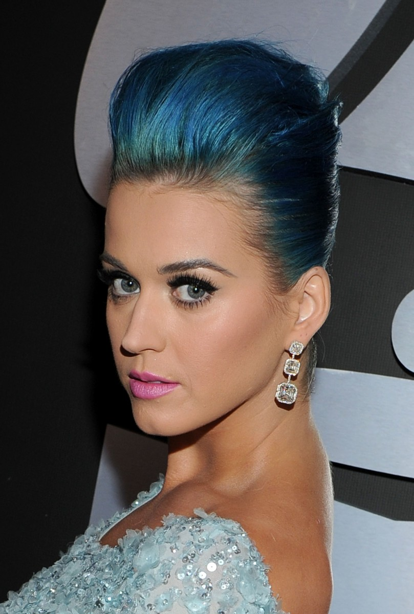 Katy Perry - Top 10 Celebrity Fashion Dos and Don'ts