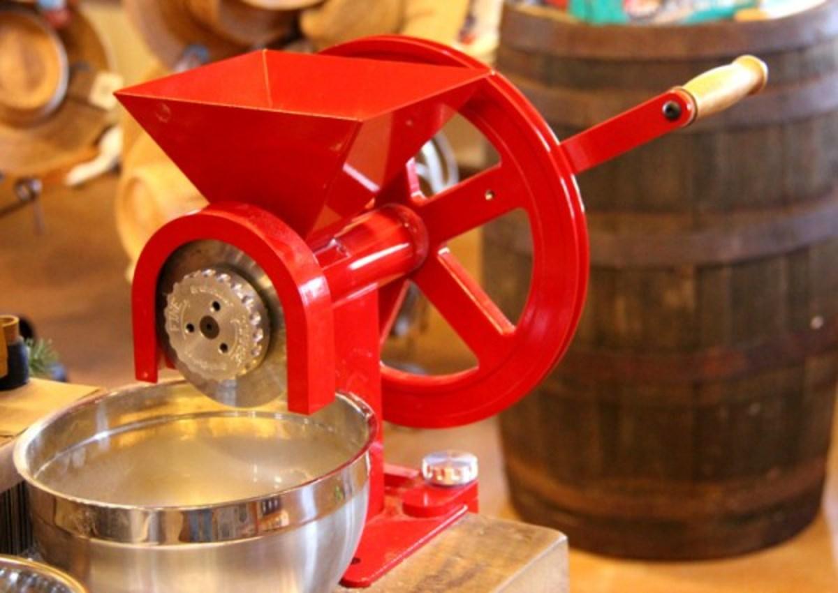 GrainMaker Grain Mill