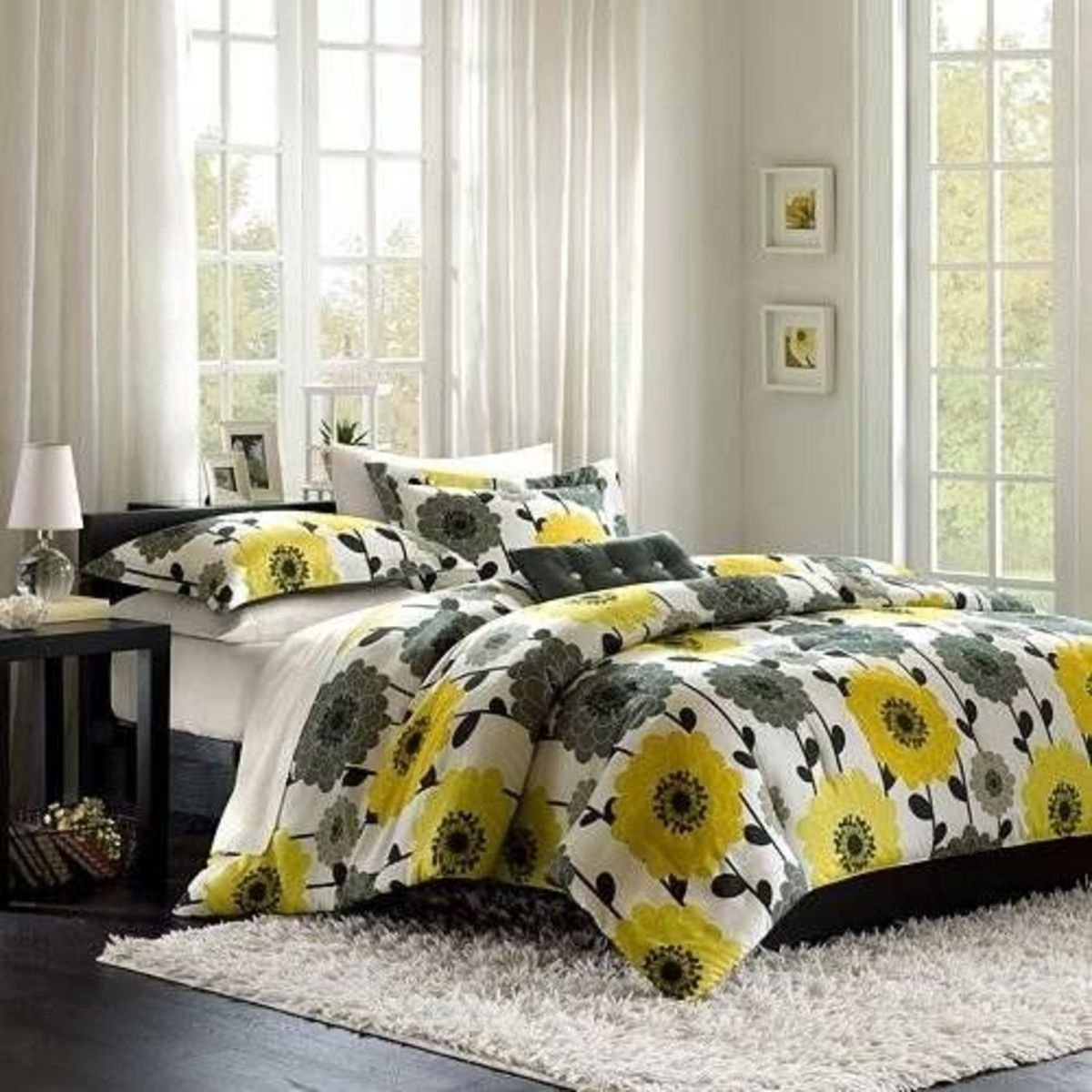 Mizone Anthea 4 Piece Comforter Set