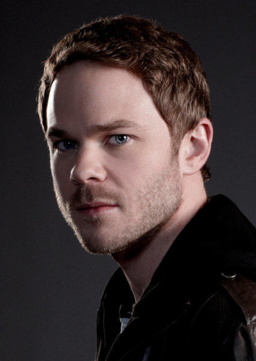 Shawn Ashmore as Agent Weston