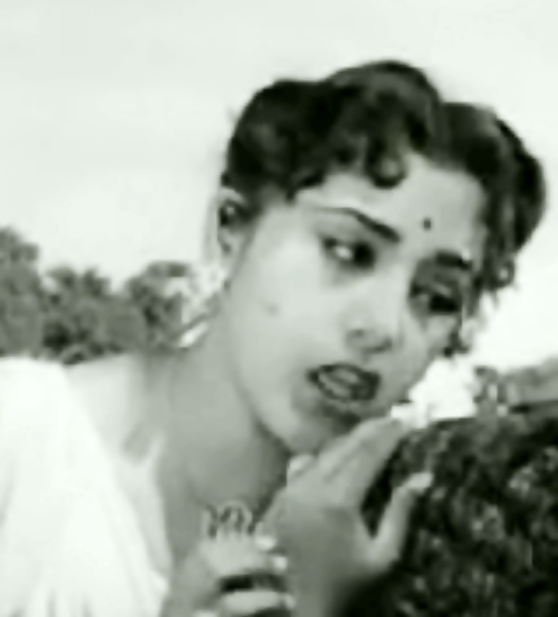 Another touching number by Lata Mangeshkar
