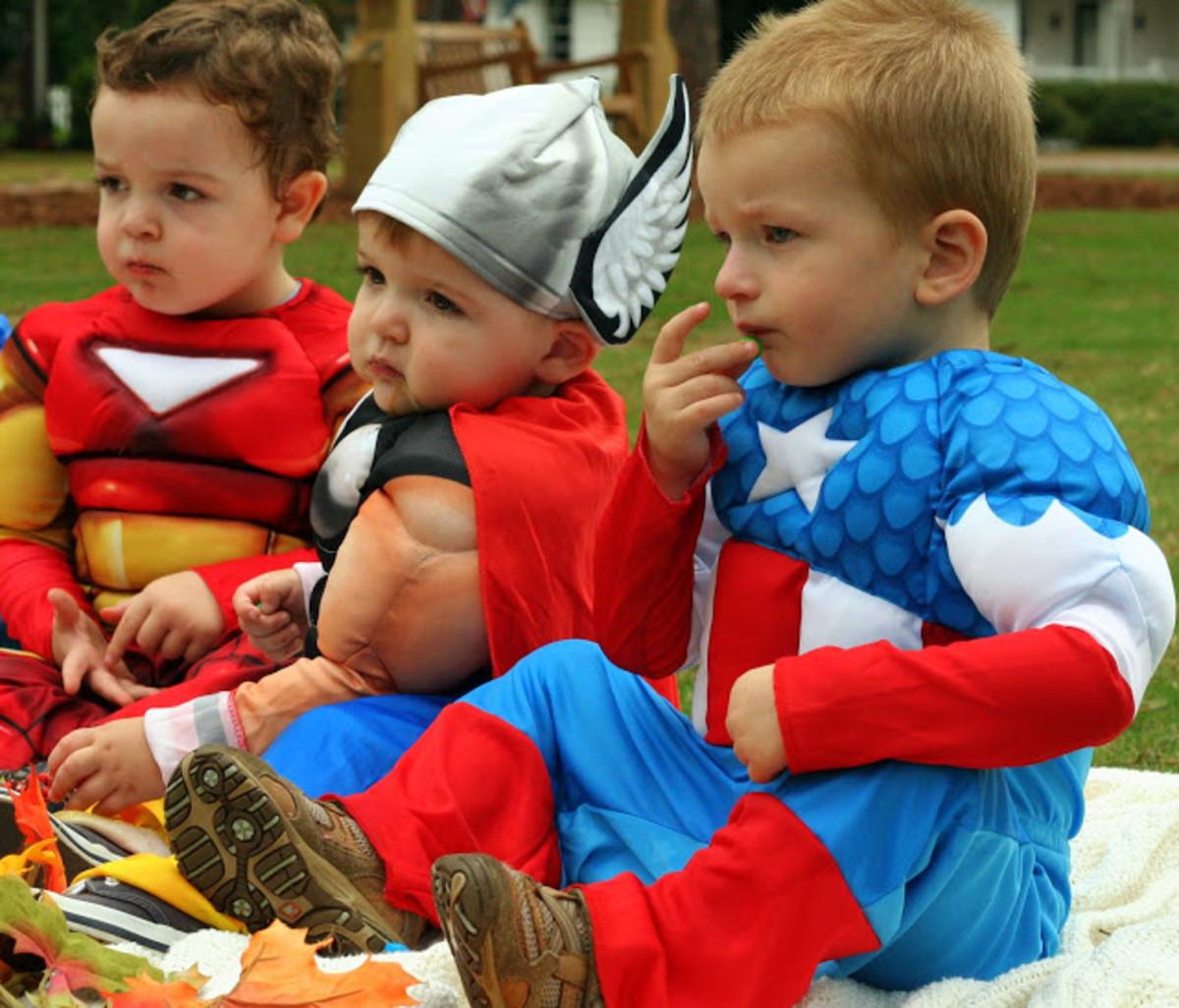 marvel-avengers-baby-costumes
