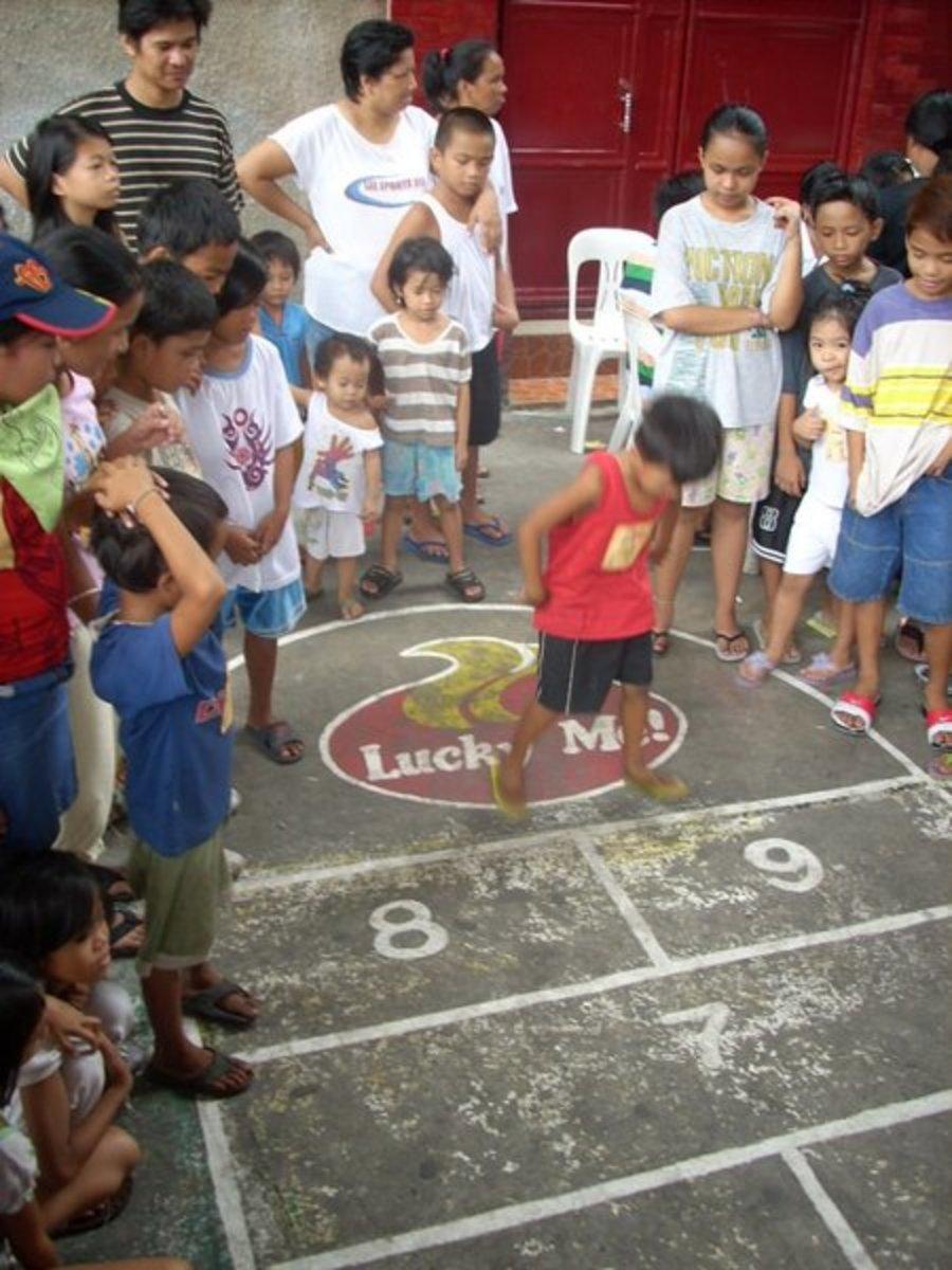 Larong Pinoy - The Filipino Games