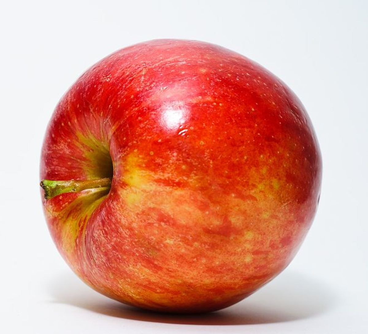 This image of an apple was selected as picture of the day on Wikimedia Commons for 12 January 2010.