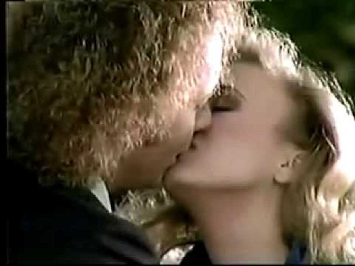 luke-and-laura-soap-operas-greatest-love-story-the-six-greatest-moments