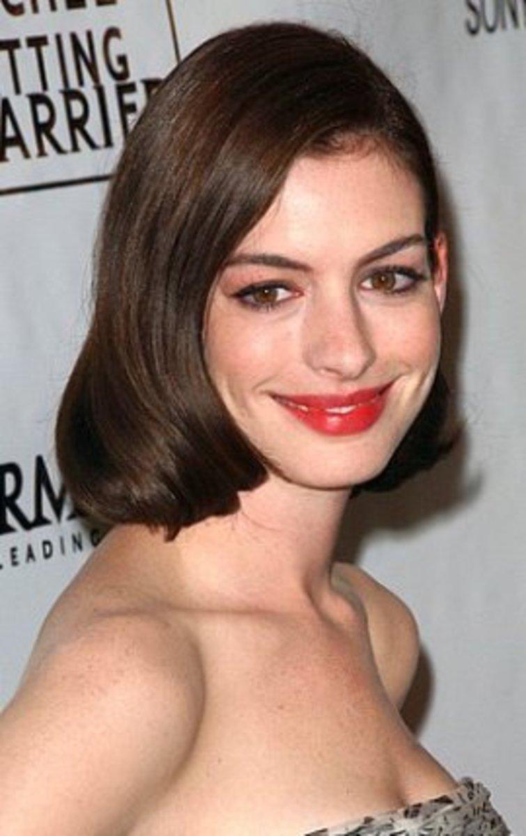 Anne Hathaway in a Sleek Bob