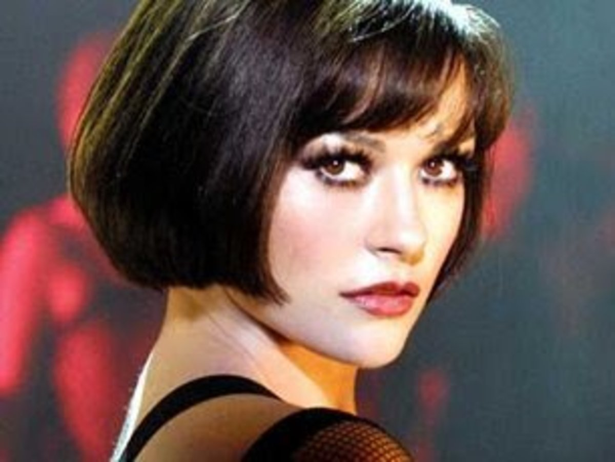 Catherine Zeta-Jones in a Flapper Hairstyle from the movie Chicago. The best celebrity bob hairstyles to try.