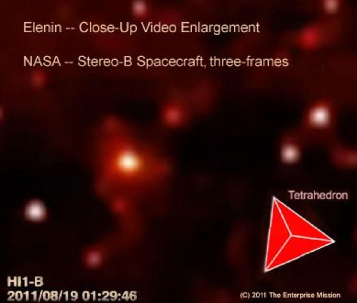 comet-hale-bopp-niburu-the-second-moon-planet-x-wormwood-comet-elenin