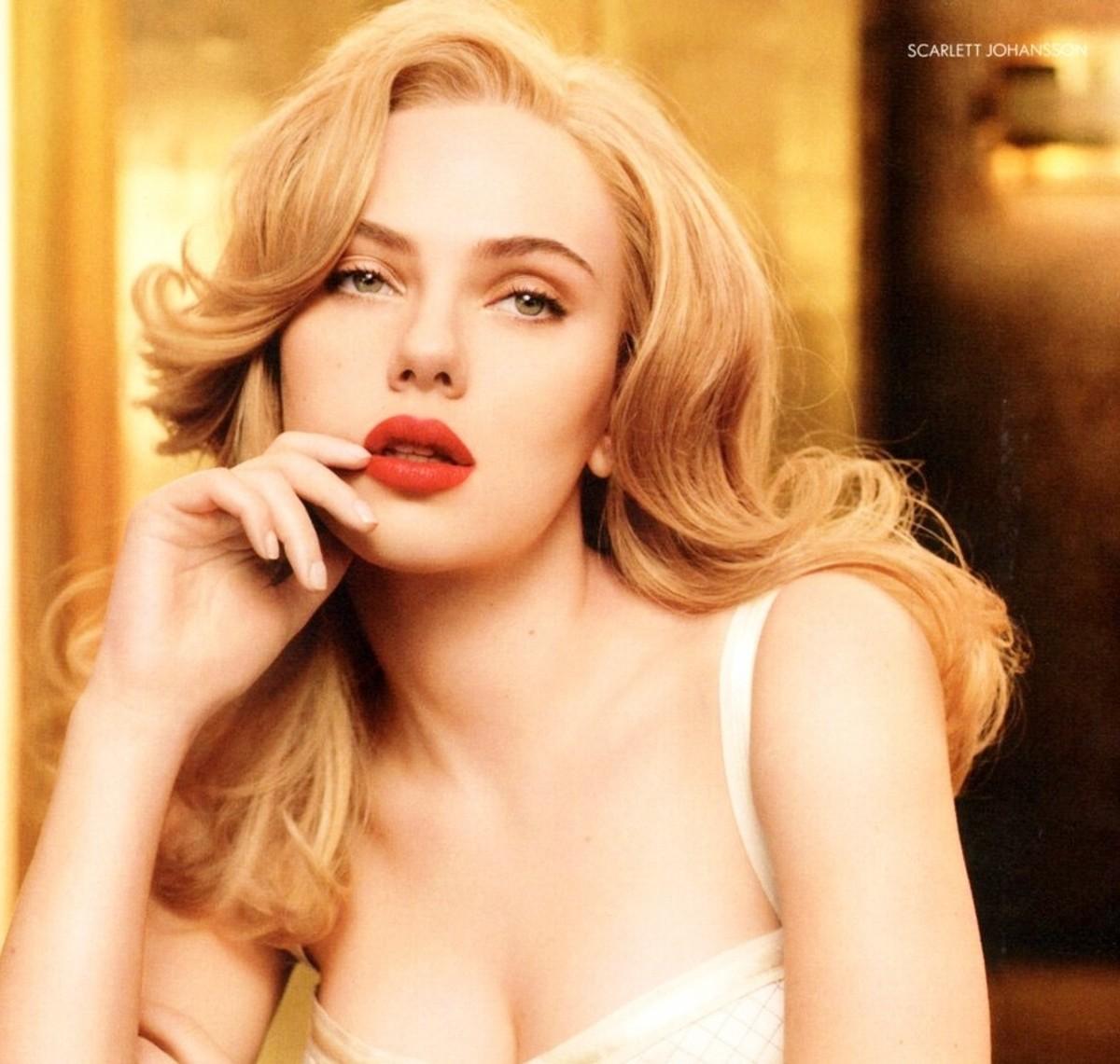 Scarlett Johannson with pale skin like a cherub. Pale is Beautiful: Praising the Ethereal Beauty of Fair Skin.