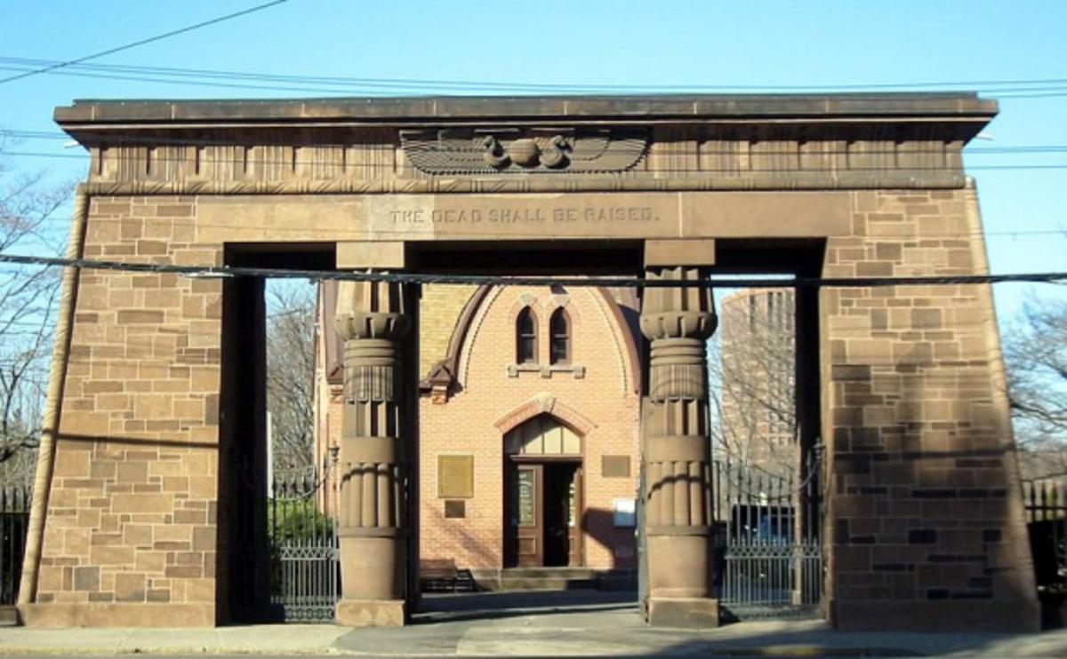 Grove-Street-Cemetery-Entry