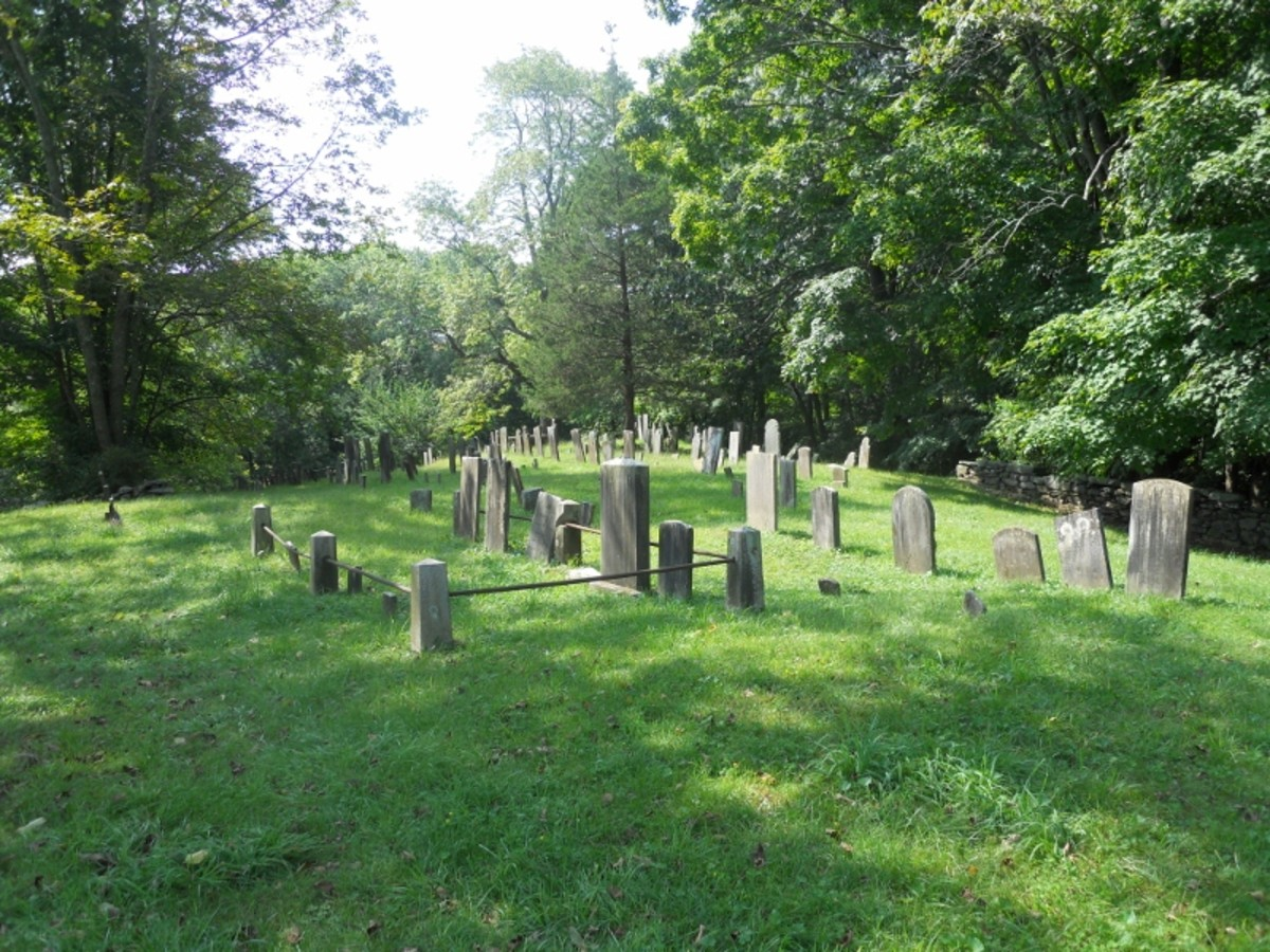 Connecticut Cemetery Tours