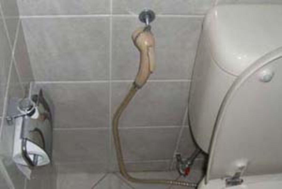 After a bowel movement, use the toilet hose or bum gun to shoot a pressurized stream of water up your anus for cleaning.