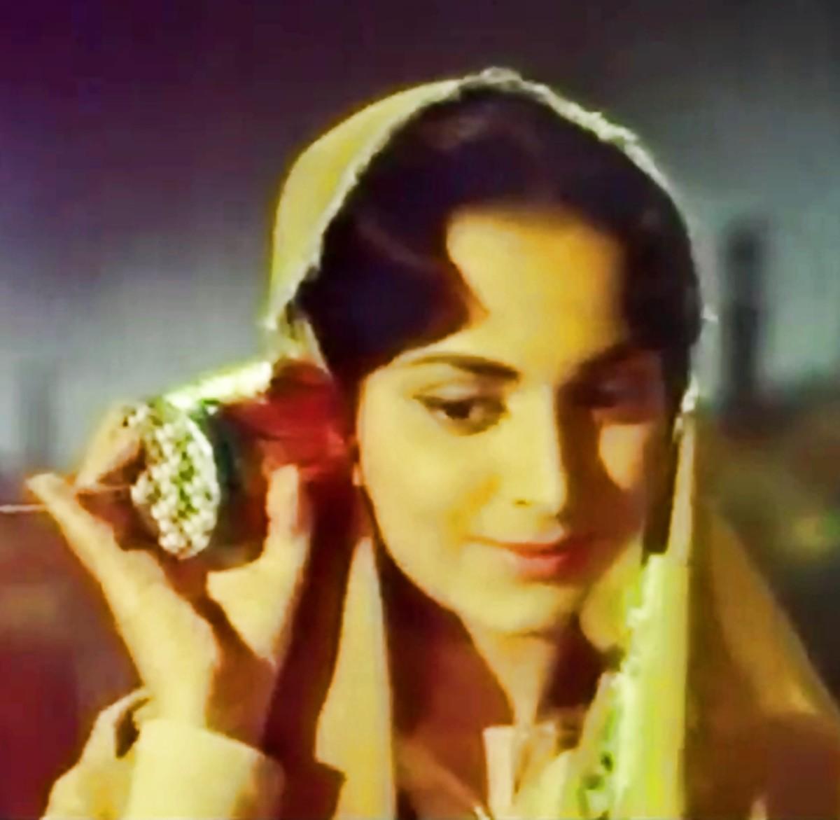 Another popular mainstream Bollywood number based on Raag Yaman Kalyan