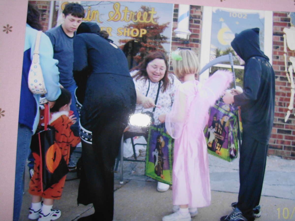 Downtown treak or treating in Blue Springs, Missouri 2005