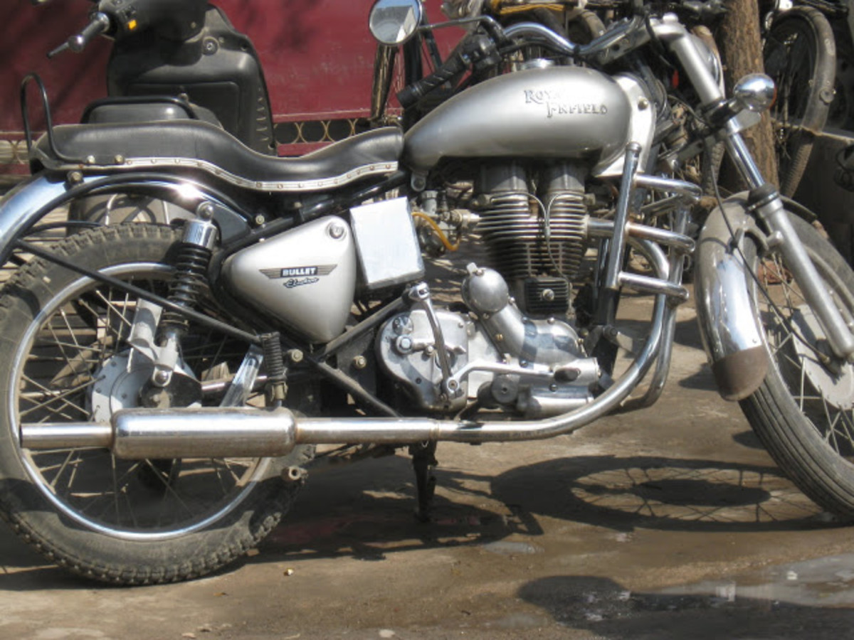 Royal Enfield 500 cc bike in Delhi, India