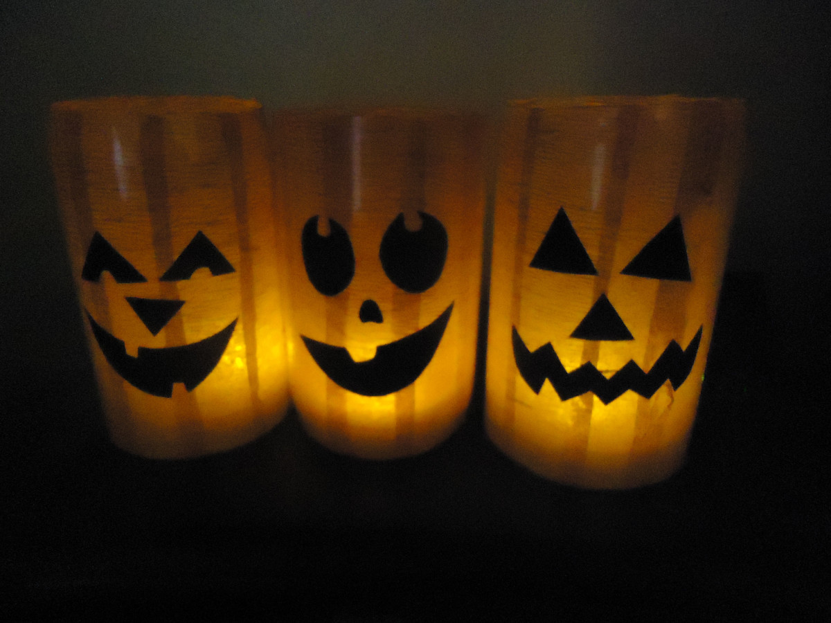 Glowing Pumpkin Luminaries