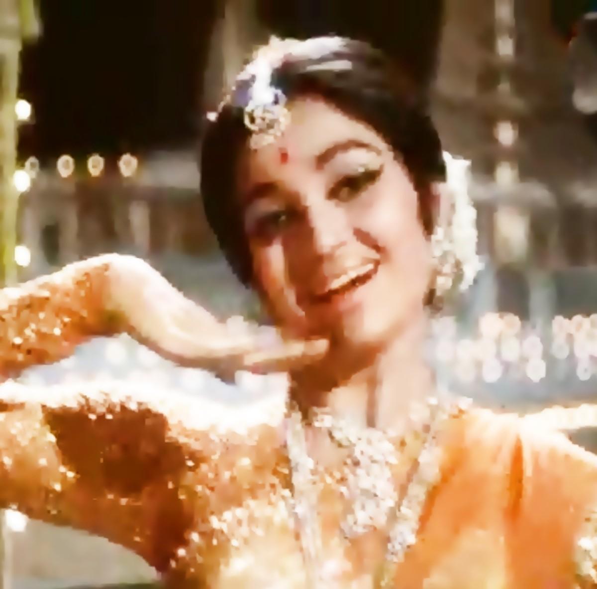 A beautiful dance song based on Raag Darbari Kanada