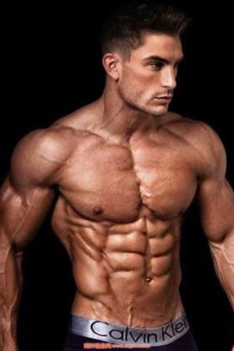 7 Tips on Getting Lean, Hard Abs