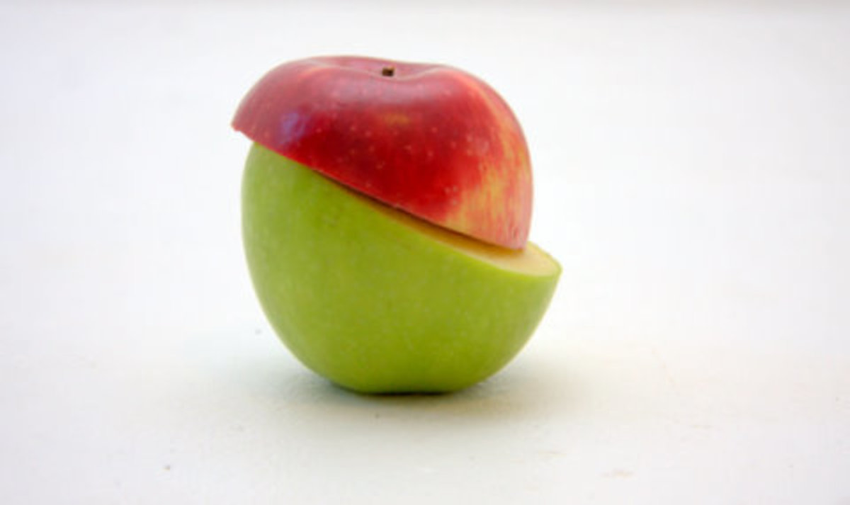 Red apples or green apples, they are both suitable for skin cleansers.