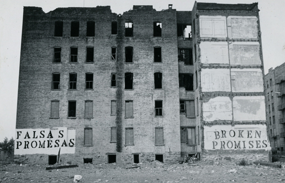 Burned-out building, Charlotte Street : This was the end result of economic desparity and social class changes as landlords burnt their buildings down to escape losing money