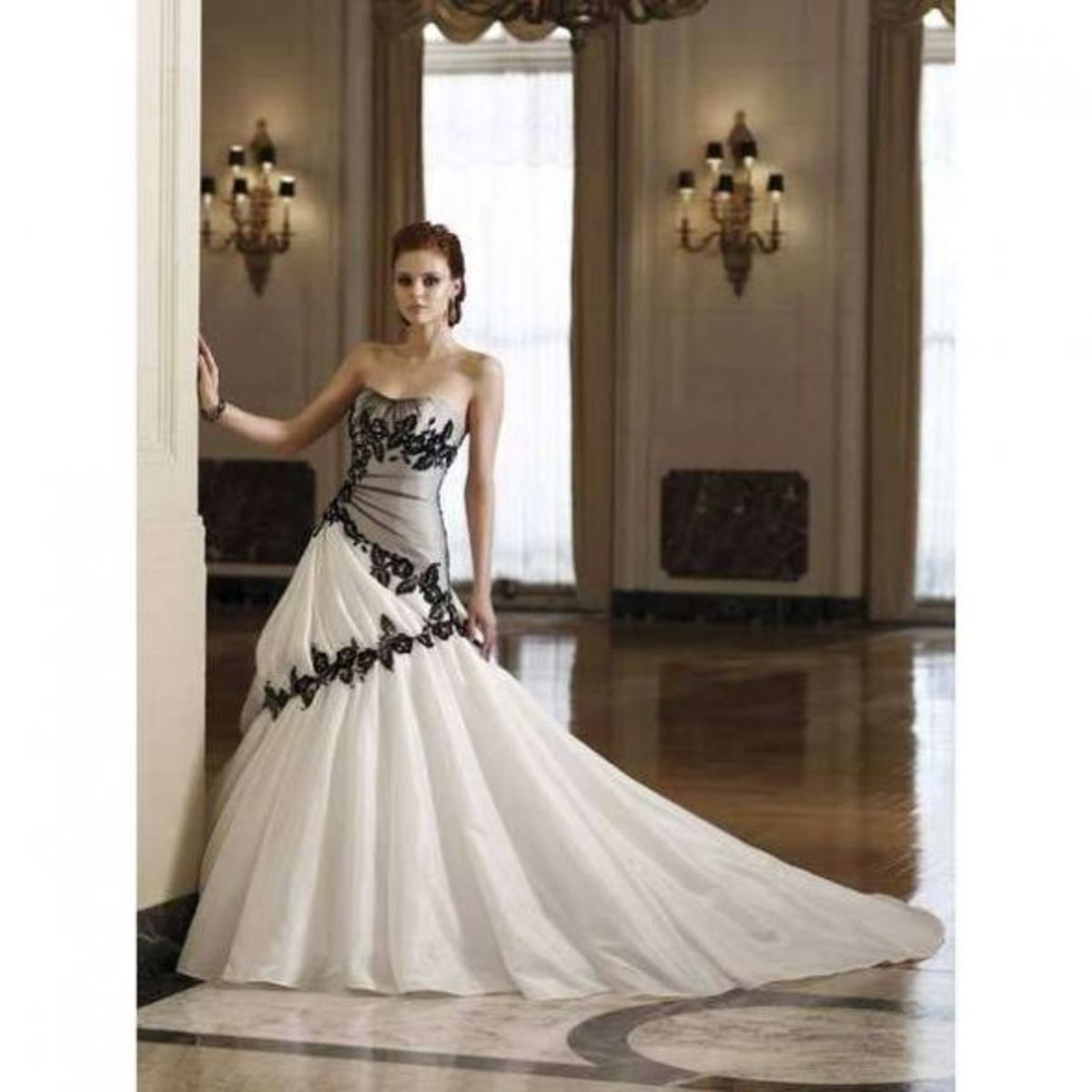 Spanish Wedding Dresses: Spanish Wedding Traditions