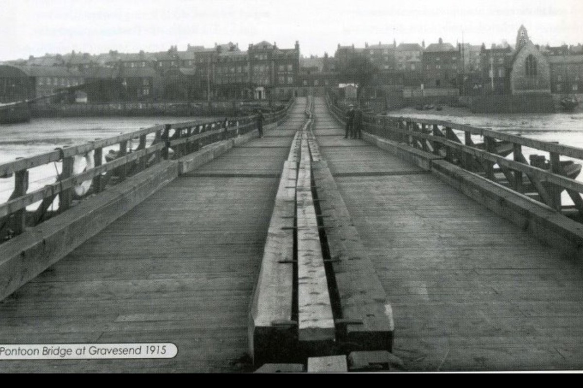 Another view of the pontoon bridge