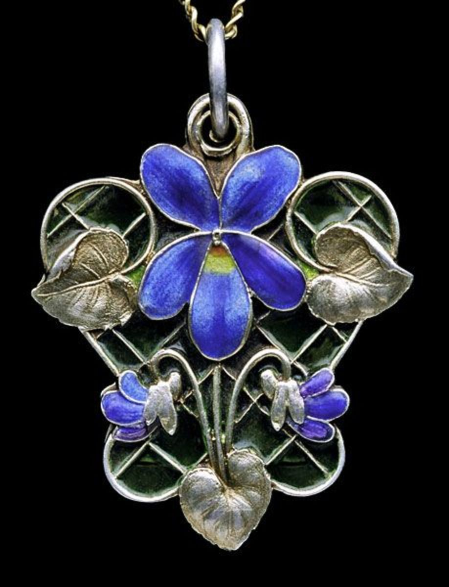From Art Nouveau Jewellery from Pforzheim by Fritz Falk (see below)