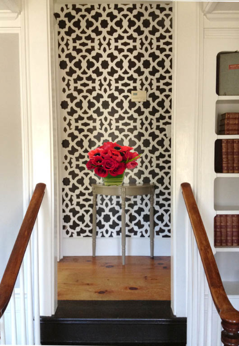 Stenciling a hallway: The pros, the cons and the final results.