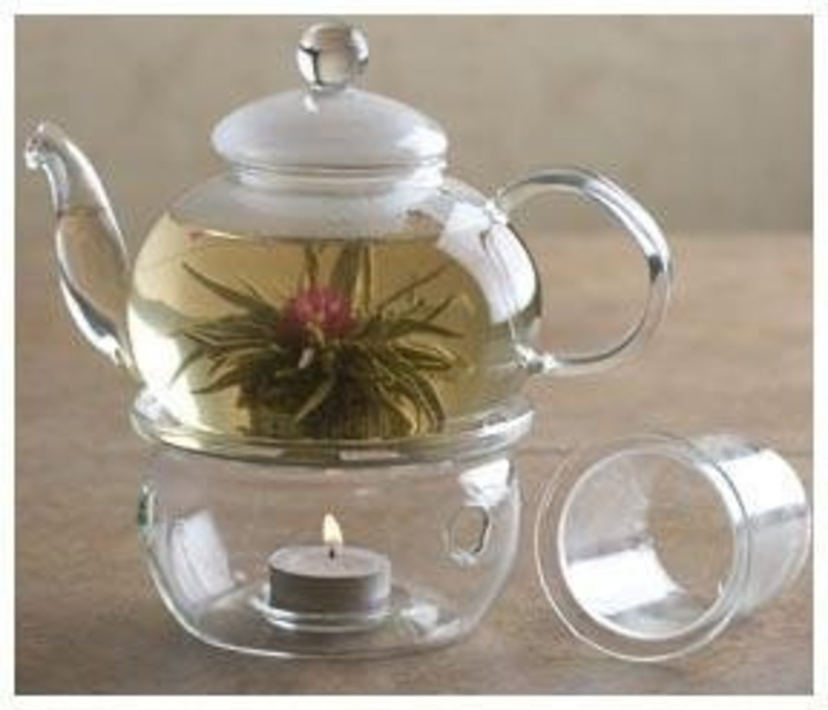 this makes for an interesting and creative idea for introducing scent to a room and as a centrepiece.