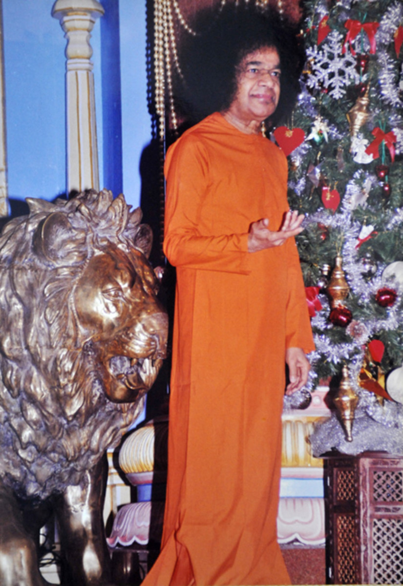 Swami would arrive in orange for the morning programme constituted by the students' singing Christian songs and carols.