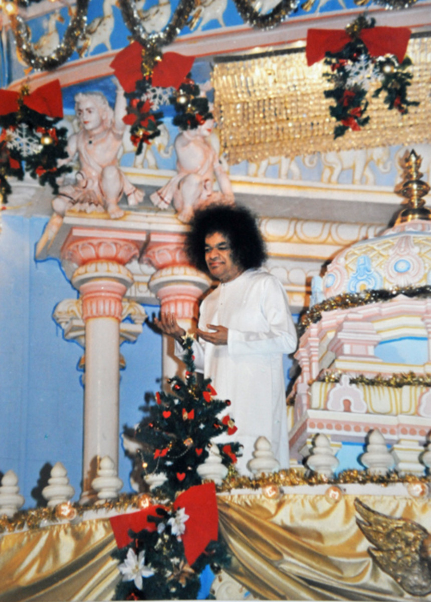 A memorable Christmas morning darshan of Bhagawan Sri Sathya Sai Baba