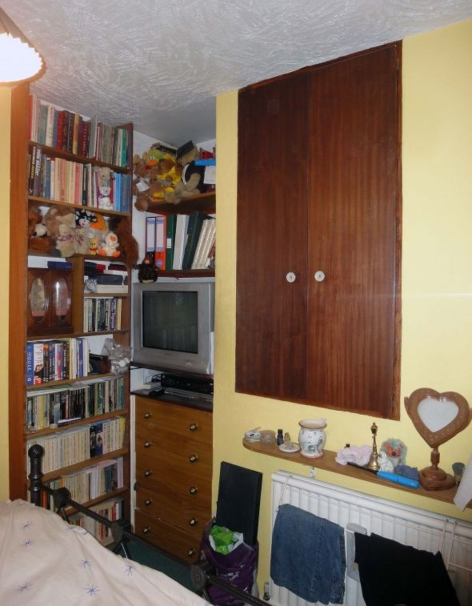 Remodelled Bedroom Shelving and Cupboards