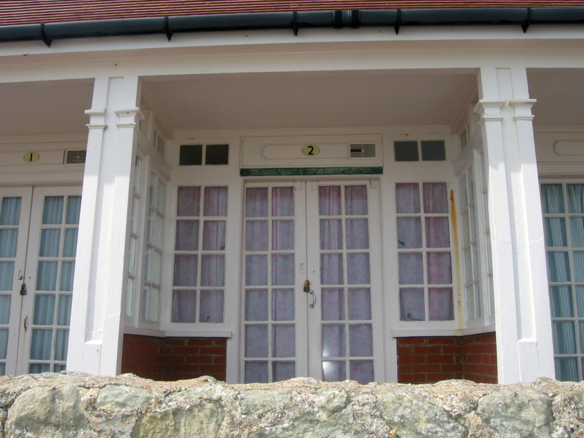 Chalet 2, Holywell, Eastbourne