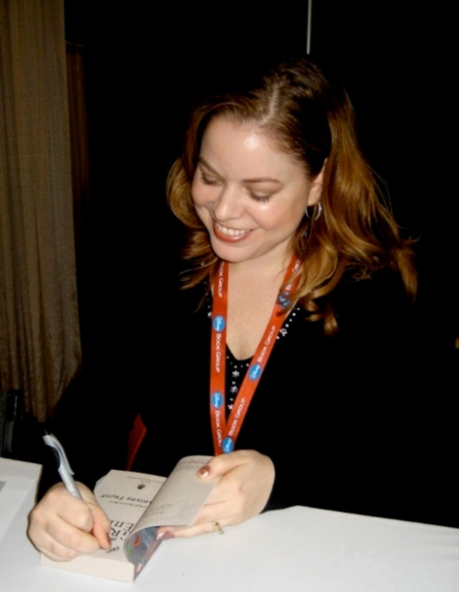 Jeaniene Frost at a book signing