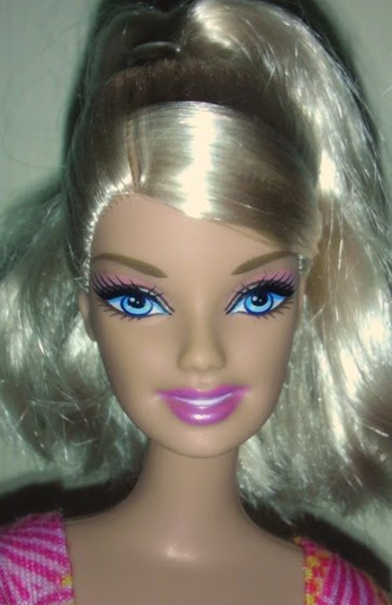 What a pretty blond Barbie!