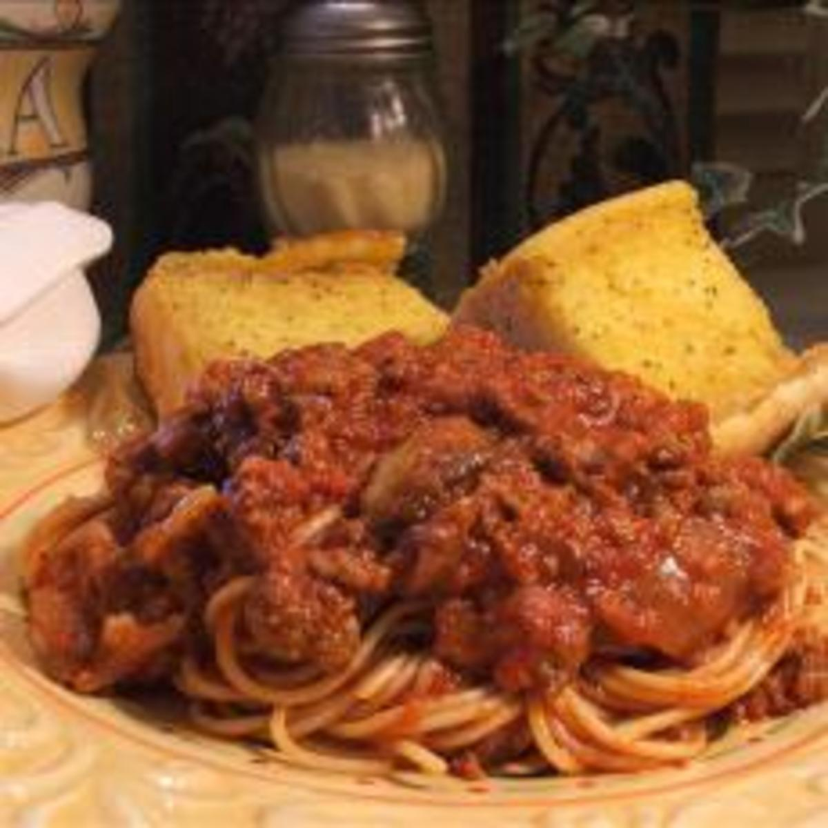 Delicious Homemade Spaghetti Sauce with Italian Sausage