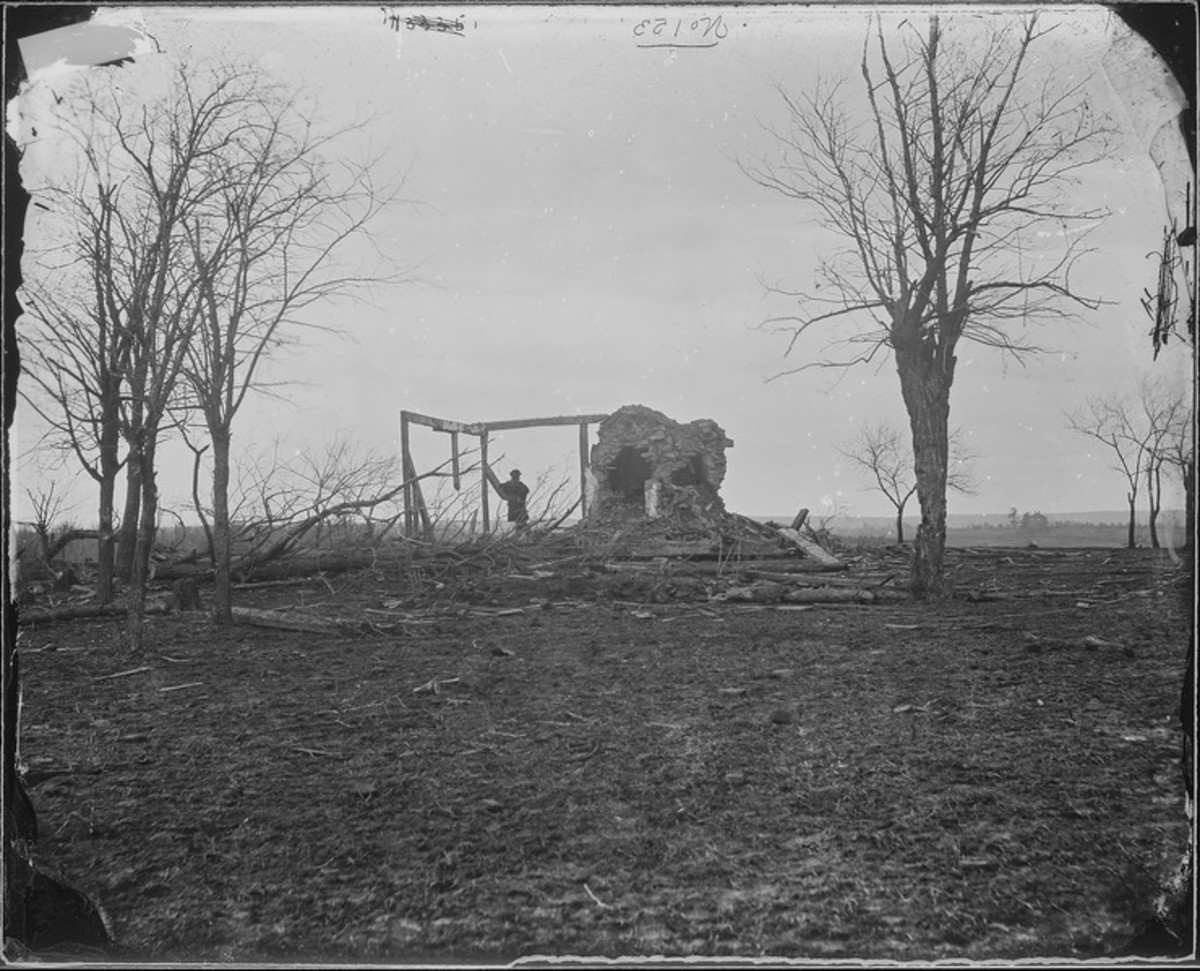 Ruins of Henry House, first battle of Bull Run,This work is in the public domain in the United States because it is a work prepared by an officer or employee of the United States Government as part of that person's official duties.