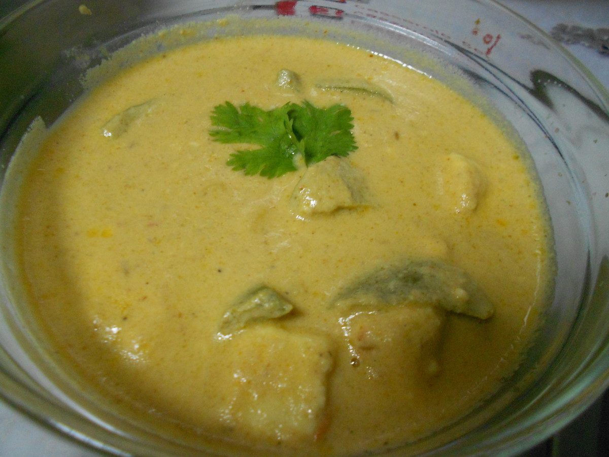 Corn  Capsicum Paneer (with the base of white gravy)