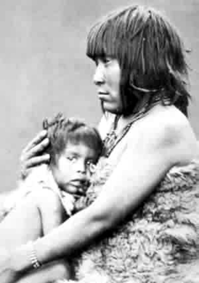 Yamana woman and child