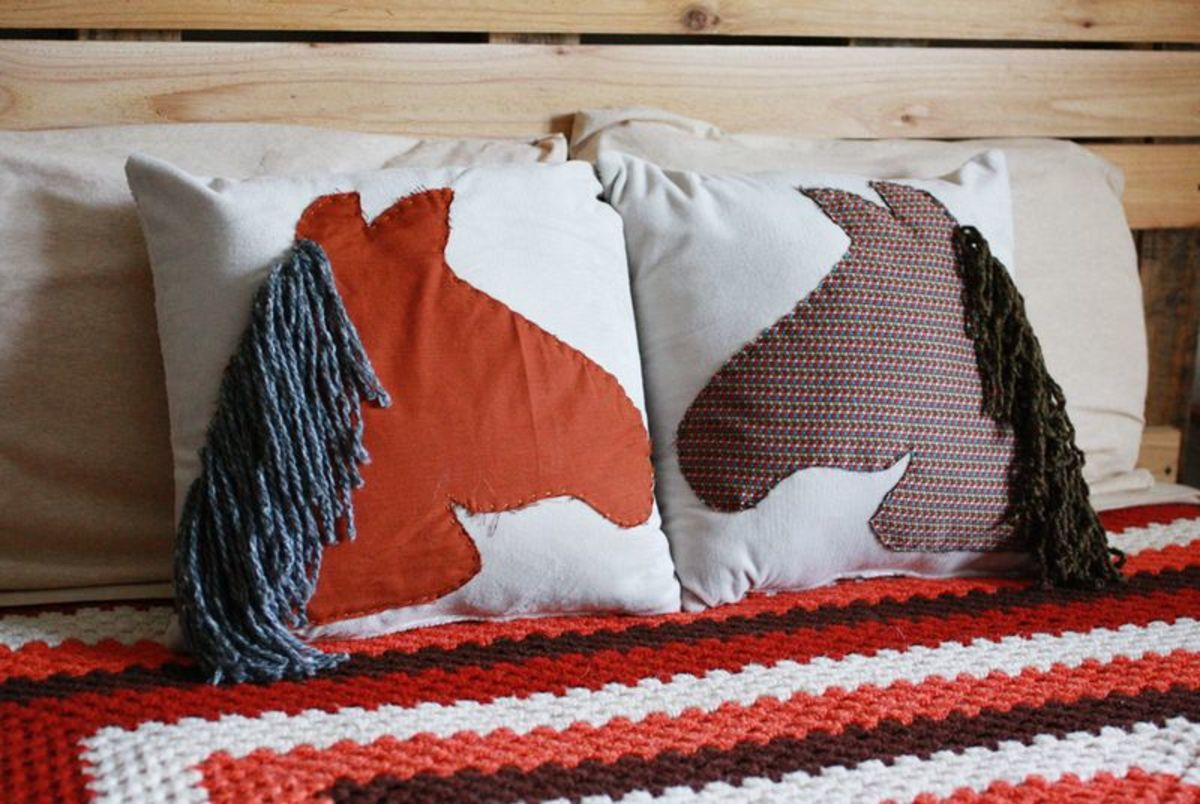 Horse Pillow Sewing Tutorial
