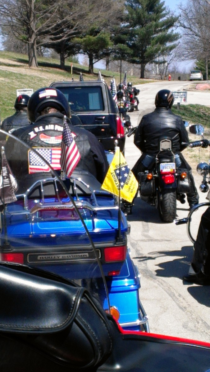 The procession paused as it checked in at the National Cemetary in Leavenworth, Kansas.