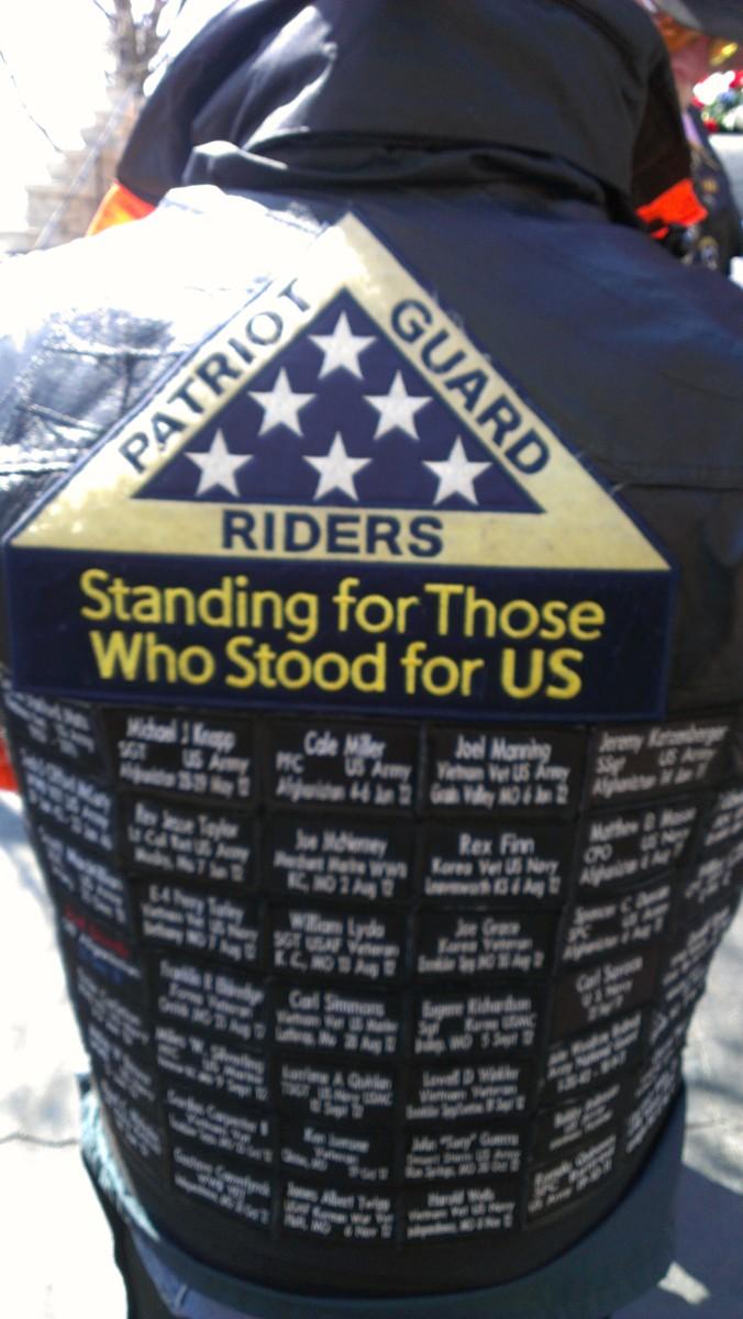 Patriot Guard and Patriot Guard Riders Honor Fallen Heroes