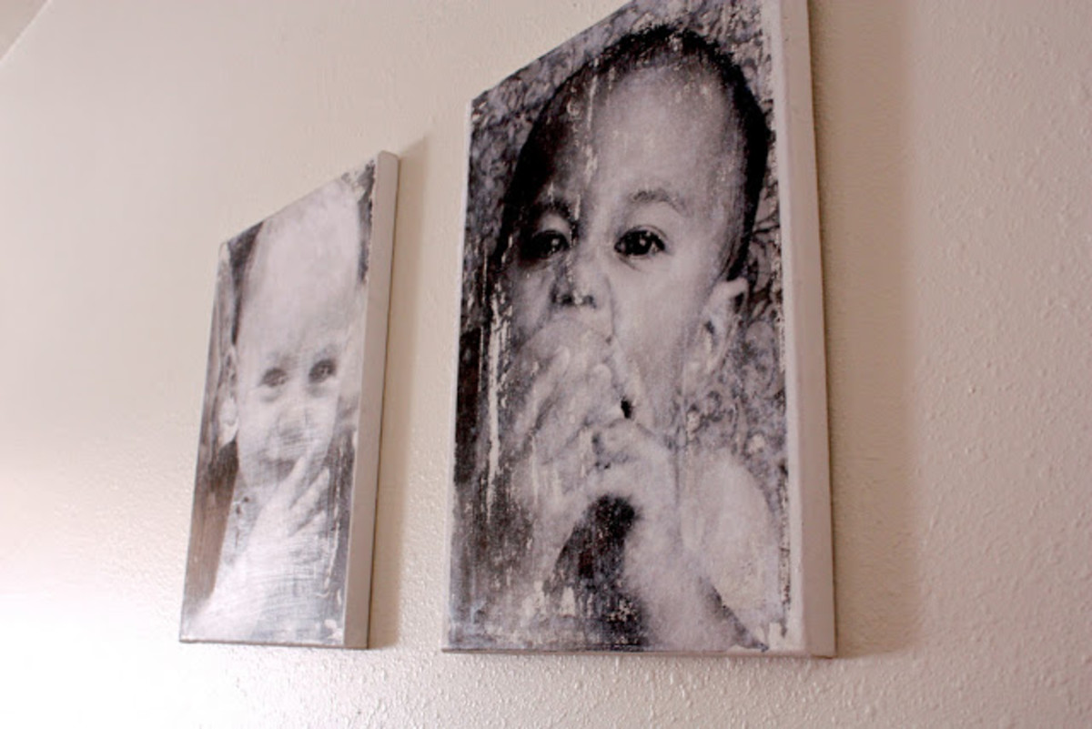 DIY- Canvas Transfer Photo Using ModPodge