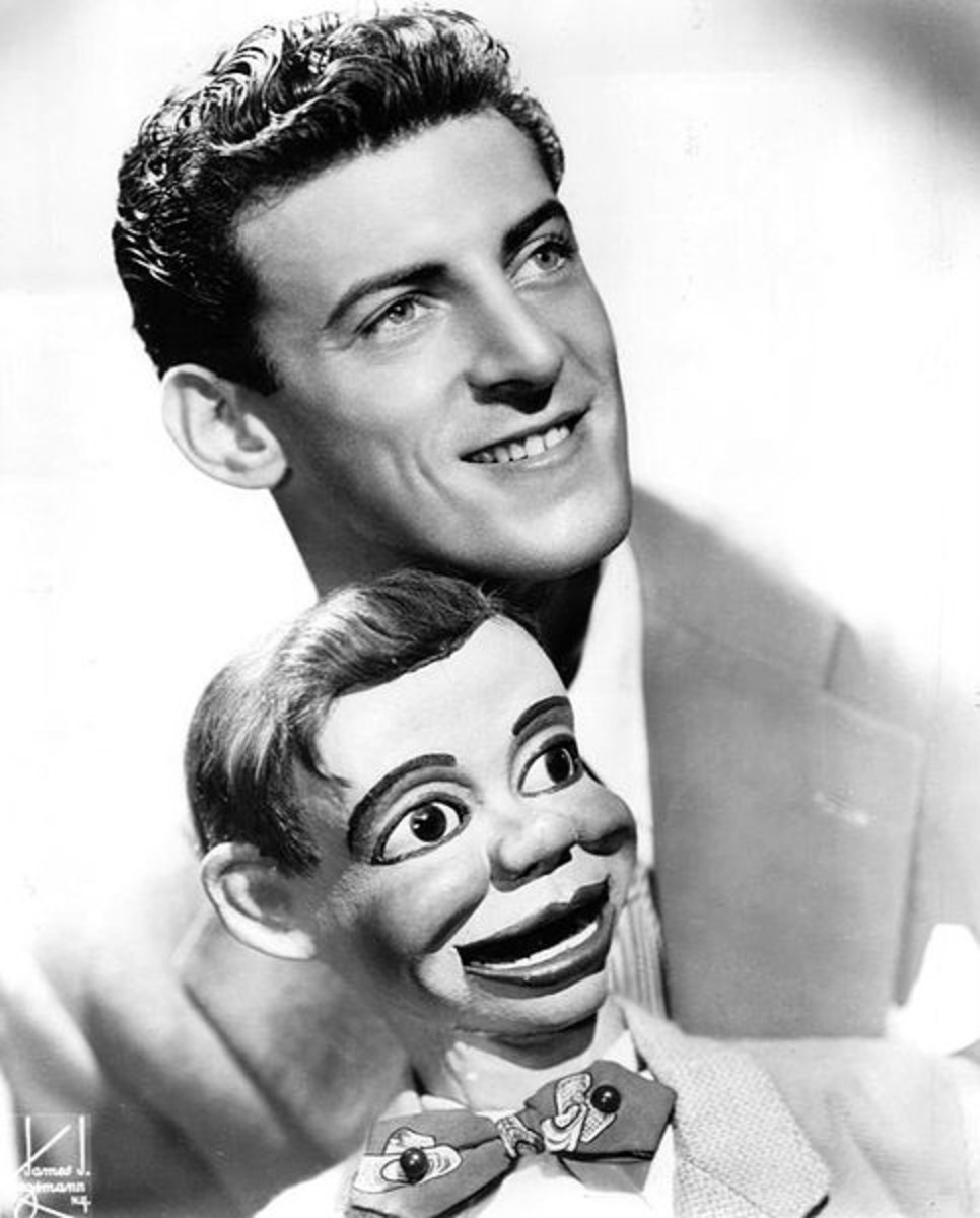 Ventriloquist Paul Winchell with Jerry Mahoney dummy