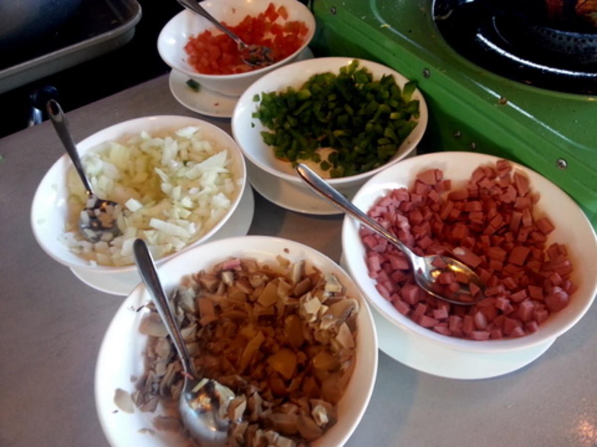 Easy Folded Omelet Recipe: Ingredients for the folded omelet