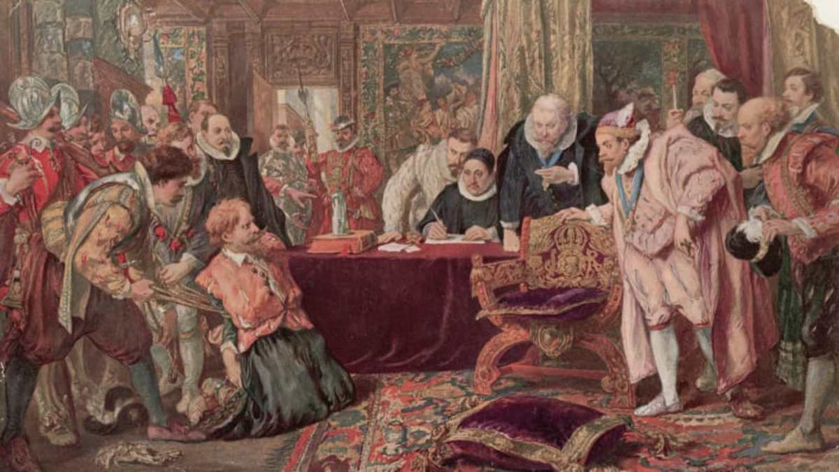 A conspirator is interrogated by members of the civil service and intelligence services - of which Robert Cecil was the head