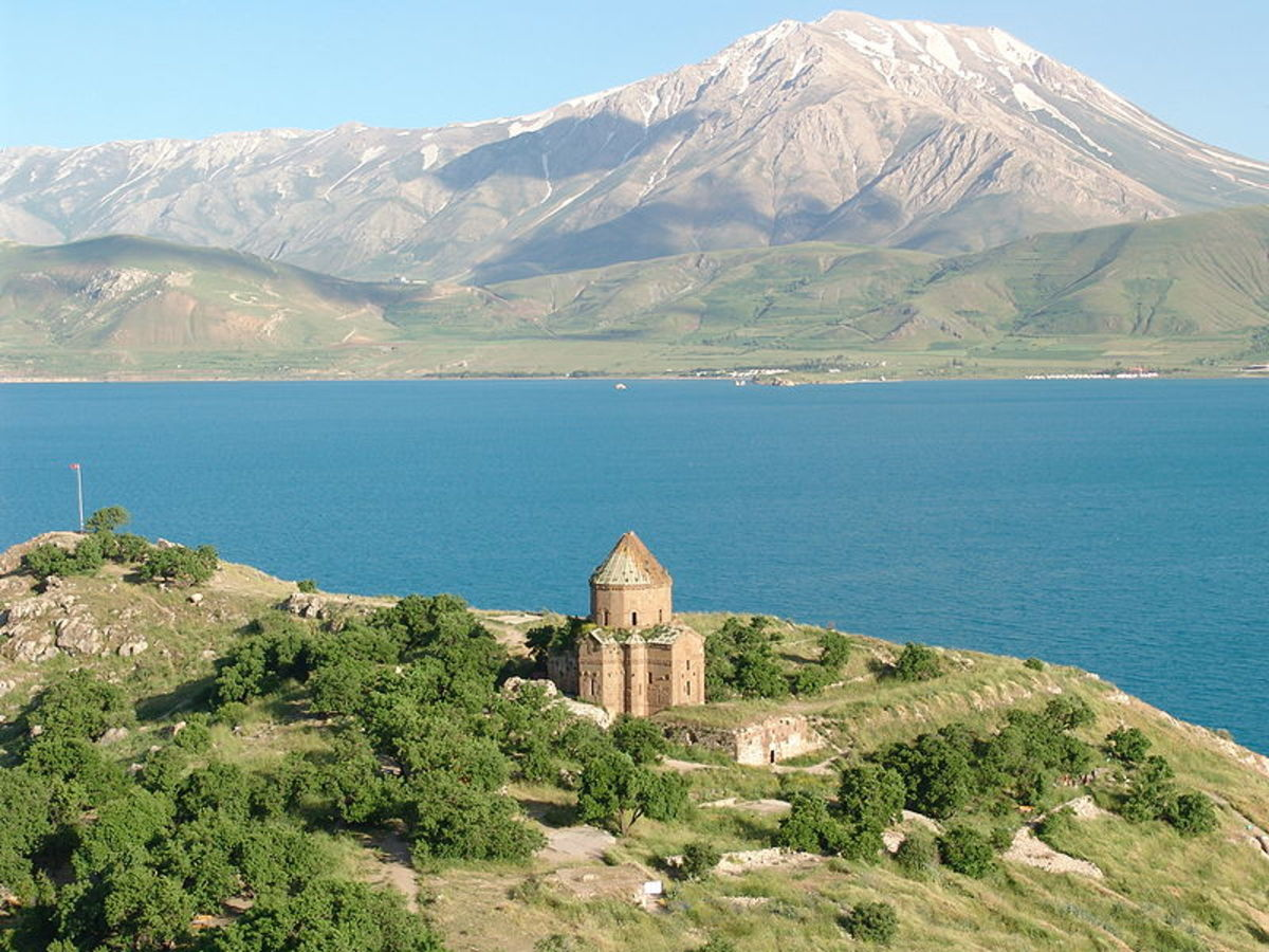 Mountain Çadır Dağı seen from the island of Akdamar in Lake Van/Turkey (from northwest). This is the country where the Turkish Van originated.