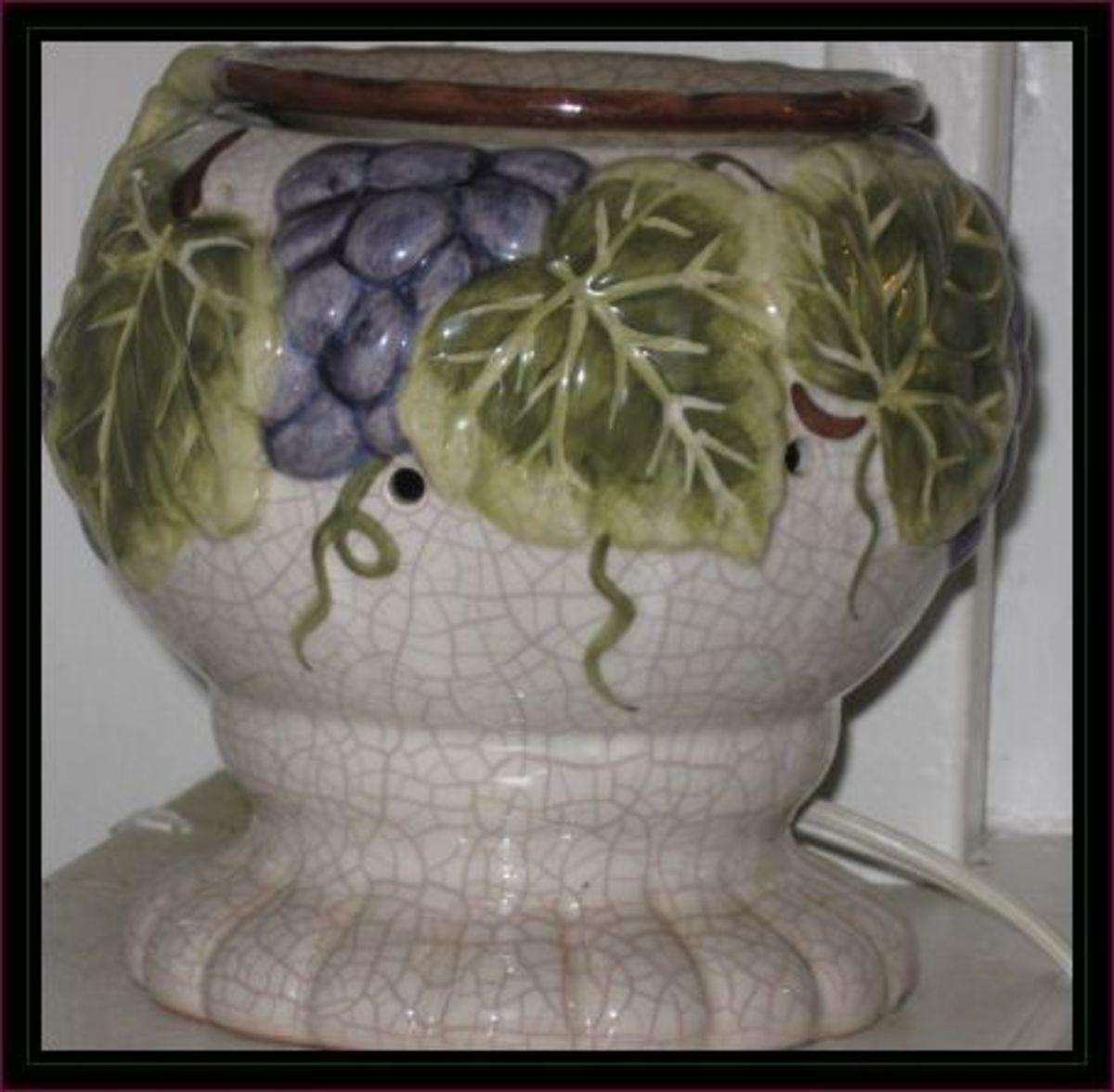 Purple grape themed wax burner